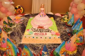 Barbie Table Decor
